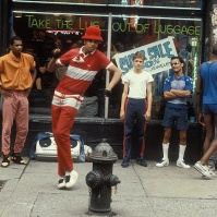 Hip Hop Sidewalk Dancers, Manhattan, NY, early 80s [from pymca]